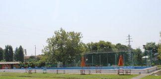 campina teren piscina